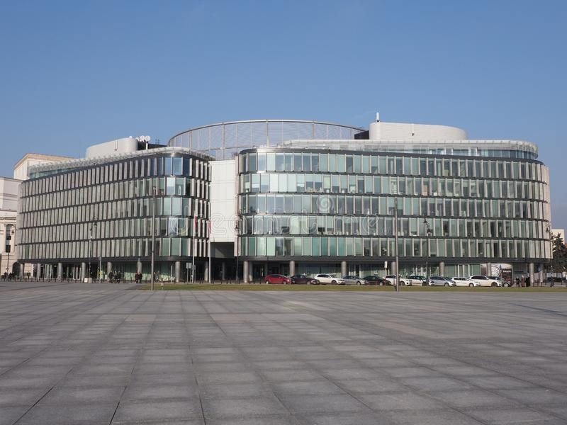 Parte anteriore di costruzione metropolitana nella città di Varsavia dell'europeo in Polonia immagine stock