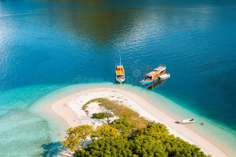 Parte da costa da parte superior da ilha de Kelor fotografia de stock royalty free
