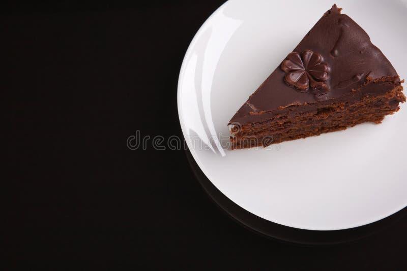 Parte de bolo de chocolate Sacher fotografia de stock royalty free