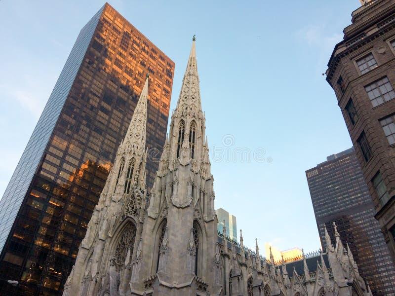 Parte de la catedral de St Patrick en New York City fotografía de archivo