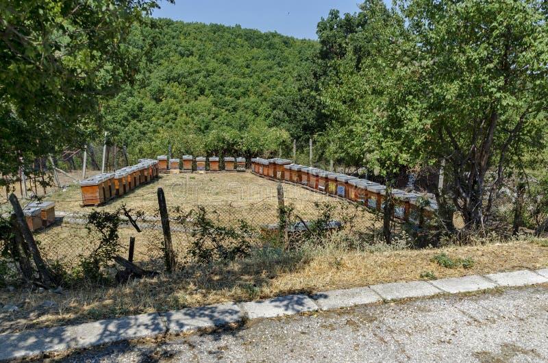 Parte del corral con el colmenar en el monasterio de Batkun imágenes de archivo libres de regalías