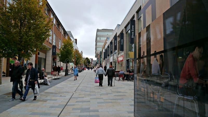 Parte del ` s di Bracknell di nuovo centro commerciale in Berkshire Regno Unito immagine stock libera da diritti