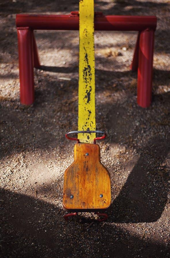 Parte di una bascula gialla fotografie stock libere da diritti