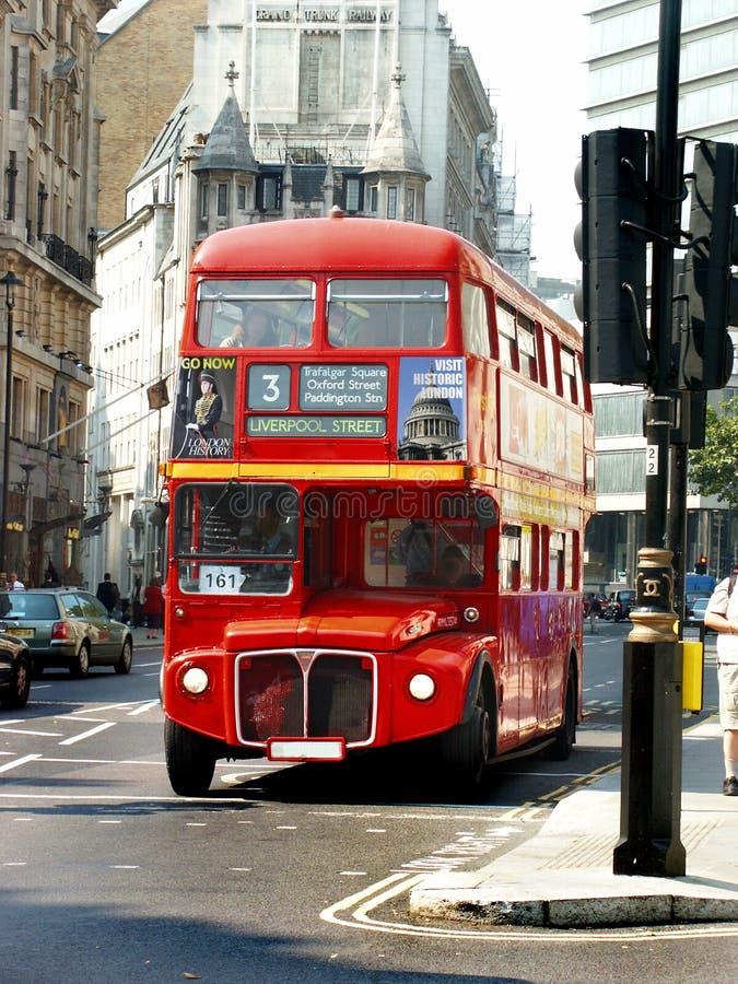 Parte dianteira do barramento de Londres fotos de stock royalty free