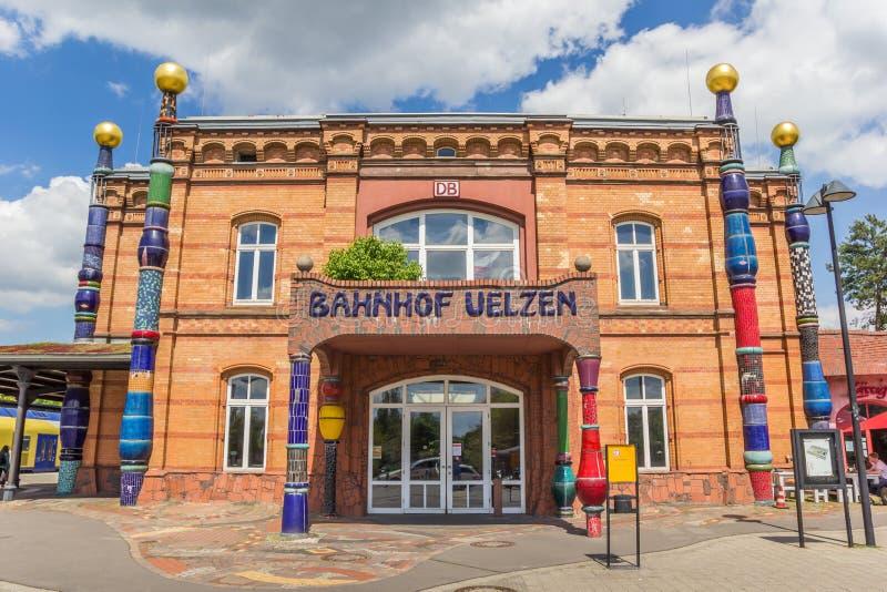 Parte dianteira do estação de caminhos-de-ferro de Uelzen foto de stock royalty free