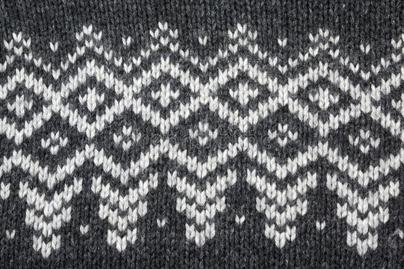 Parte do jacquard Ornamnet de Grey Knitted Sweater With White imagens de stock royalty free