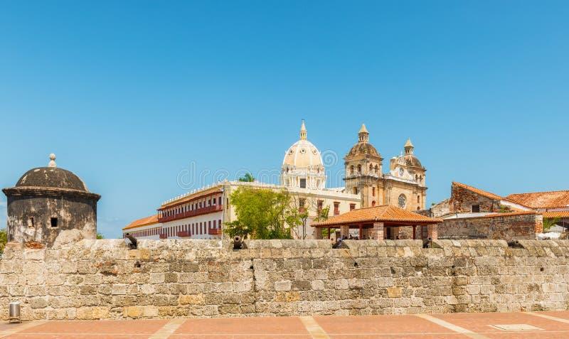 A parte histórica velha de Cartagena cercou pela parede defensiva fotografia de stock royalty free