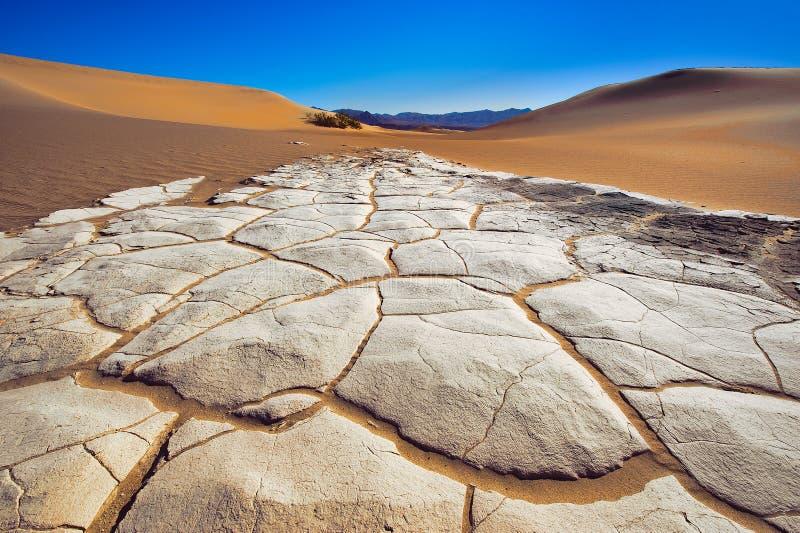 Parte inferior das dunas de Death Valley fotografia de stock royalty free
