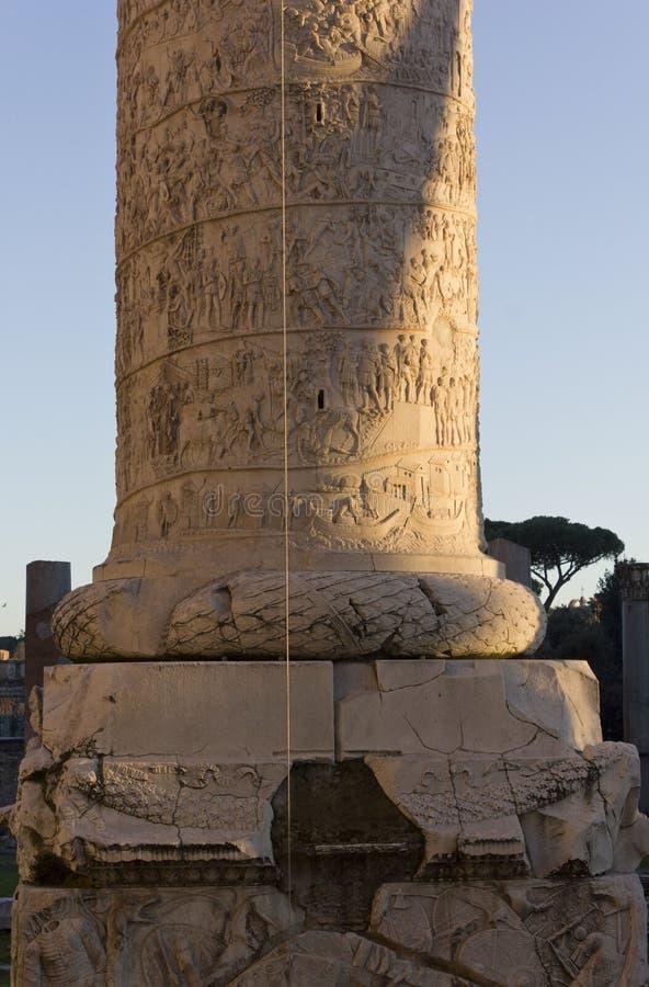 Parte inferior de la columna de Trajan fotos de archivo libres de regalías