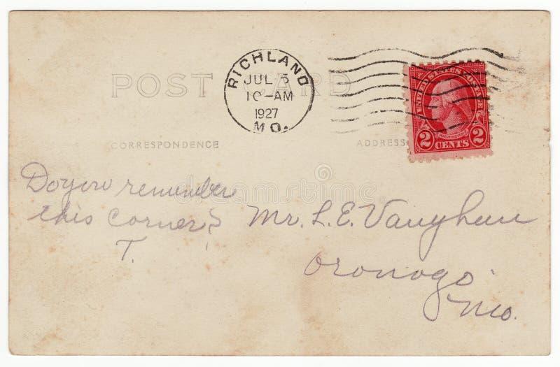 parte posterior de la postal de los años 20 con el sello rojo fotos de archivo libres de regalías