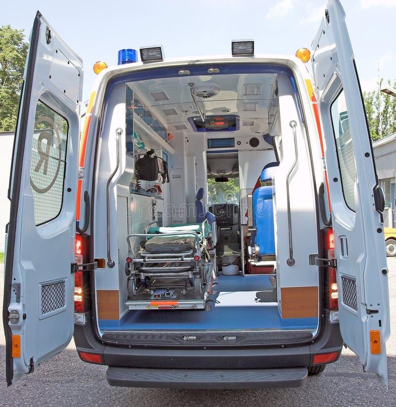 Parte posteriore dell'ambulanza fotografia stock libera da diritti