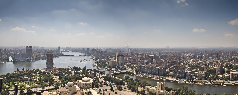 Parte superior da cidade do Cairo da torre da tevê fotos de stock royalty free