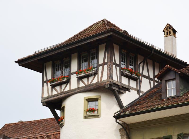 Parte superior da construção velha em Berna fotos de stock