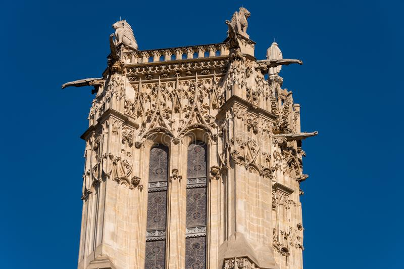 Parte superior da excursão Saint-Jacques da torre de Saint-Jacques em Paris fotografia de stock