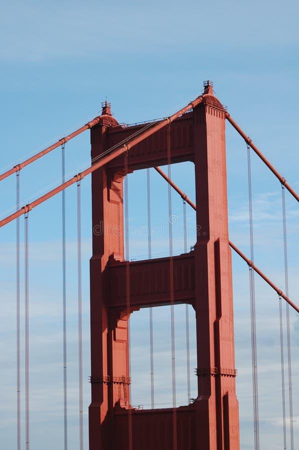 Parte superior da ponte de porta dourada fotos de stock royalty free