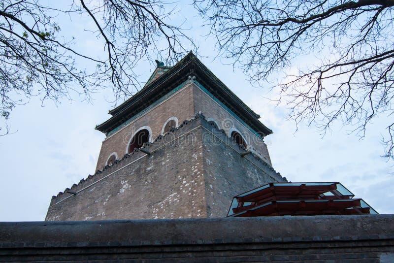 A parte superior da torre do cilindro foto de stock