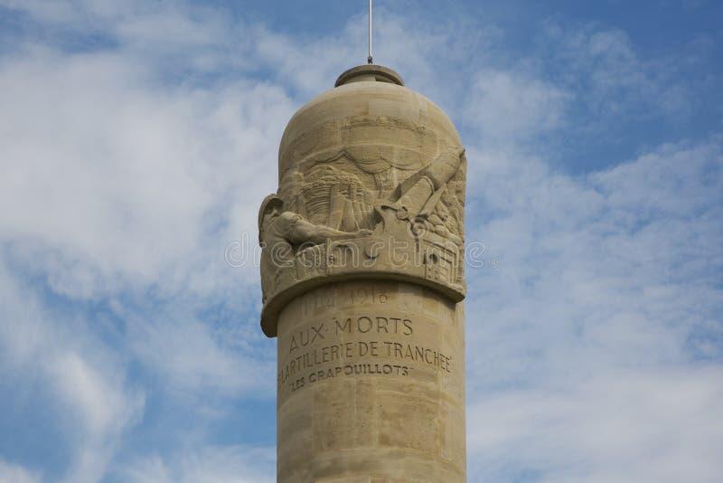 Parte superior do monumento Crapouillots imagens de stock royalty free