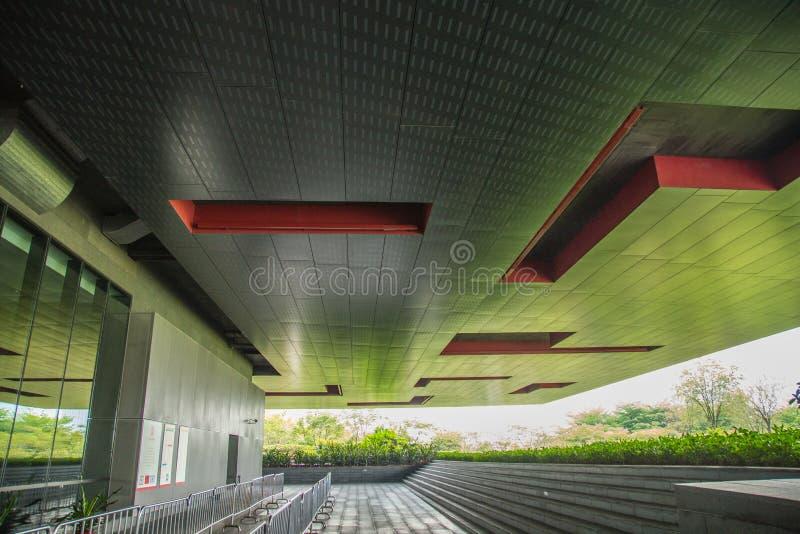 A parte superior do primeiro andar da porta do museu de Guangzhou em Guangdong fotos de stock royalty free