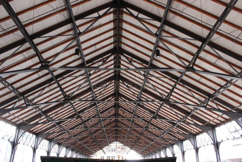 Parte superior do telhado imagens de stock