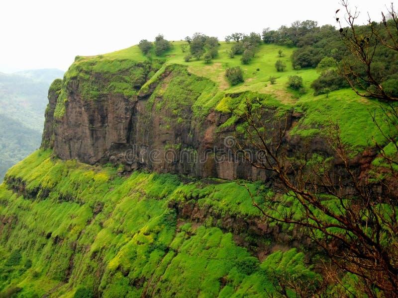Parte superior vibrante da montanha de Matheran. foto de stock royalty free