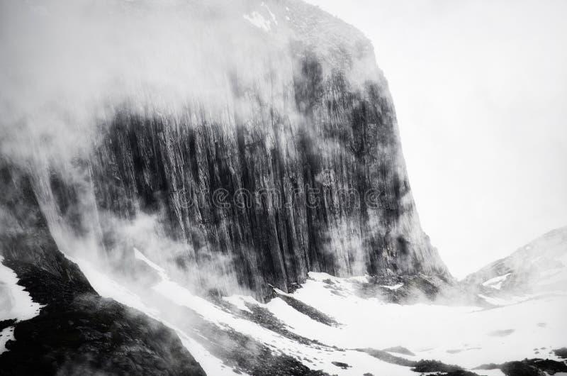Parte superiore della montagna immagini stock libere da diritti