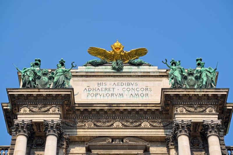 Parte superiore di Neue Burg a Vienna fotografia stock libera da diritti