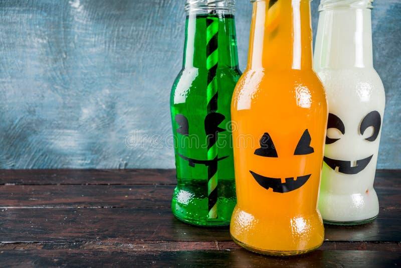 Parteigetränke für Halloween lizenzfreie stockfotos