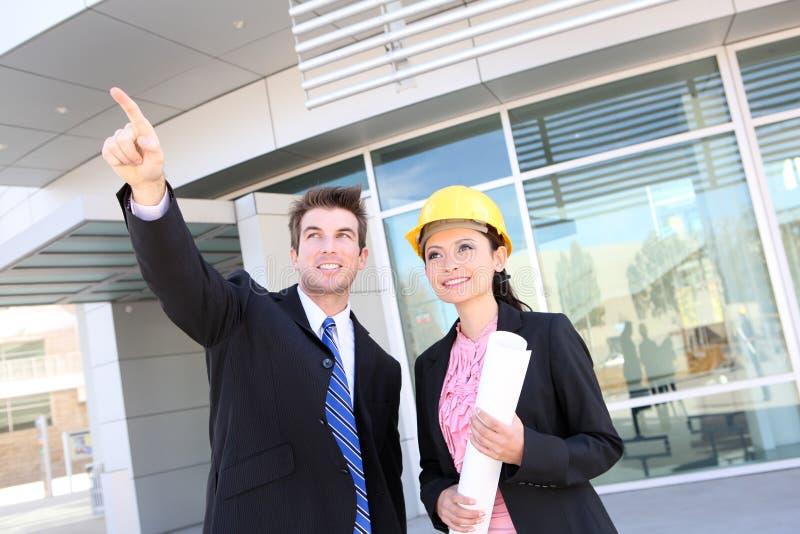 Partenariat de construction d'affaires photo libre de droits