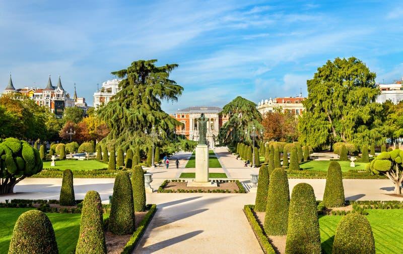 Parterre ogród w Buen Retiro parku - Madryt, Hiszpania fotografia royalty free