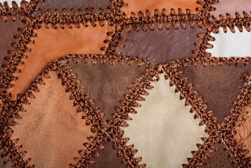 Partes de couro multi-colorido costurado com linha A parte dianteira e o verso, camurça fotos de stock