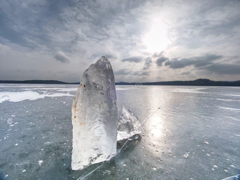 Partes de geleira uma prateleira de gelo Gelo que flutua livremente fotos de stock royalty free