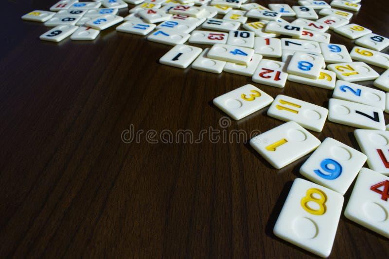 partes de râmi colocadas em ordem na tabela fotografia de stock royalty free