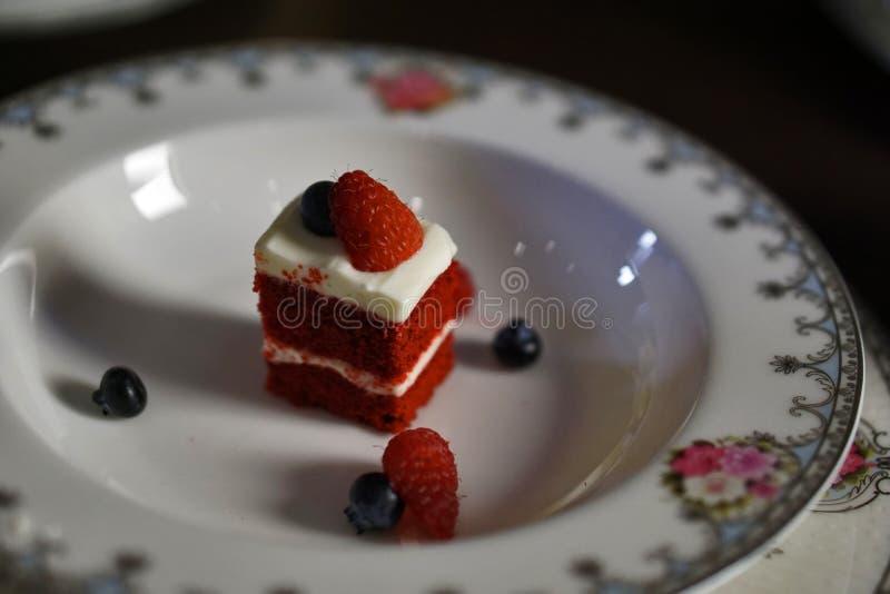 Partes pequenas do bolo 002 da baga fotos de stock
