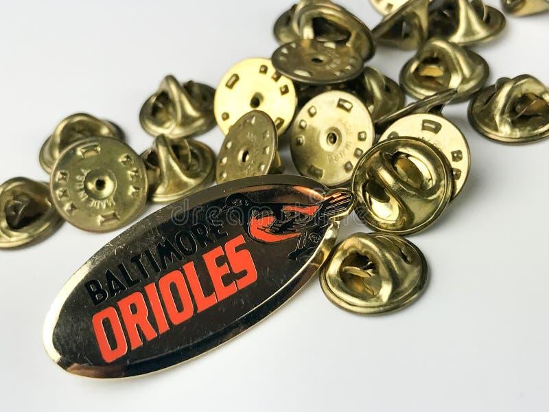 Partes traseiras do Pin e do Pin da lapela dos Baltimore Orioles imagem de stock