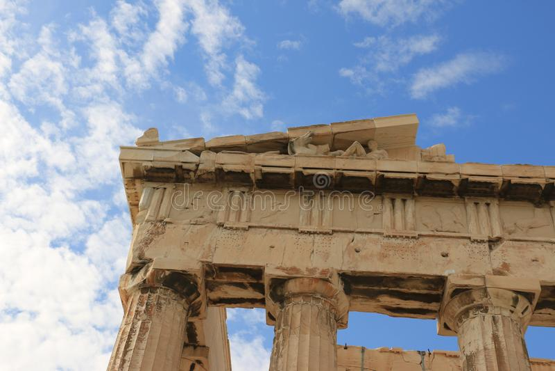 PARTHENON - AKROPOLIS - ATHENE - DETAILSkolommen royalty-vrije stock foto's