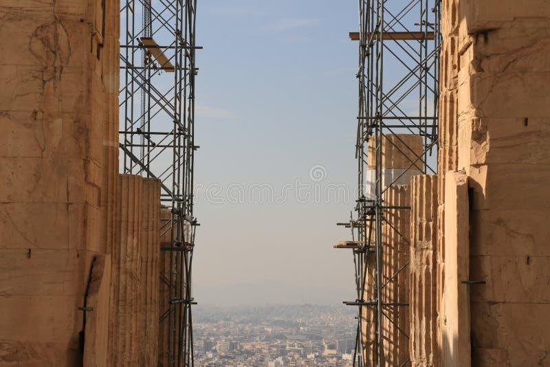 PARTHENON - AKROPOLIS - ATHENE - lopende het werk stock afbeelding