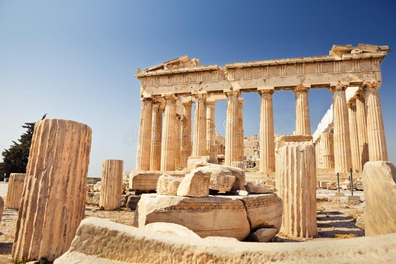 Parthenon på acropolisen i Athens arkivbild
