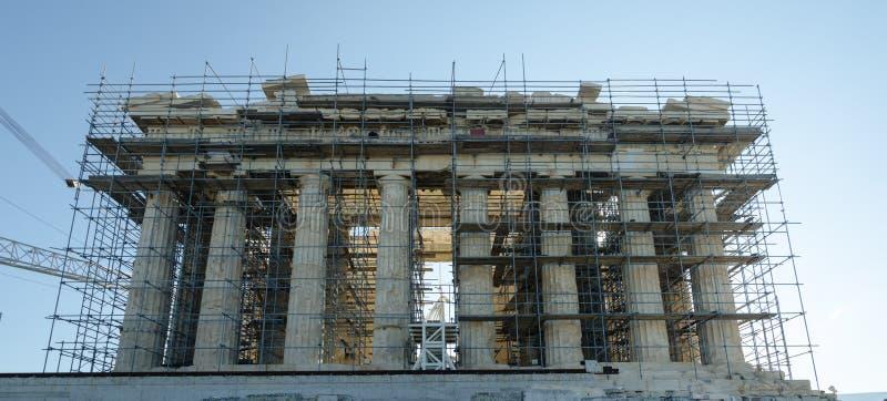 Parthenonen är en tidigare tempel, på Athenianakropolen, Grekland arkivbild