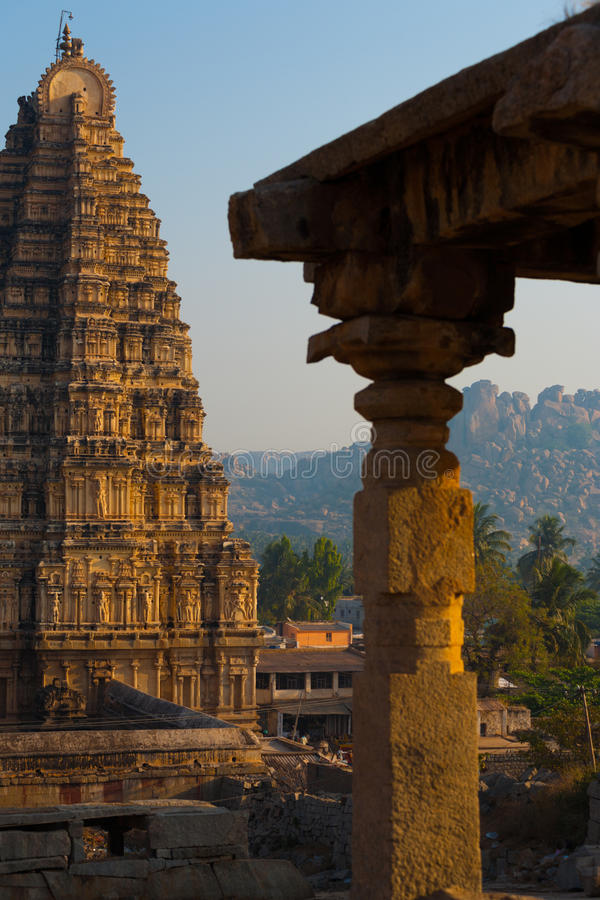 Download Partial Hampi Temple Stone Carving Column Royalty Free Stock Photos - Image: 27322488