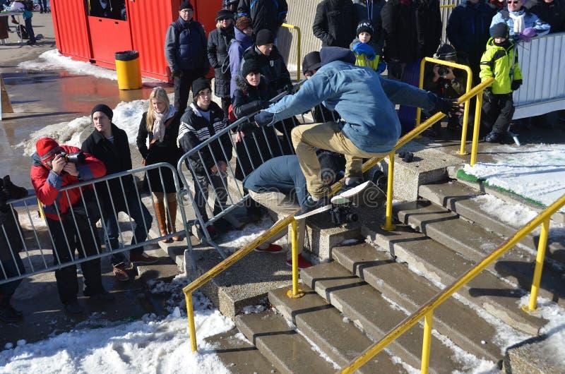 Participant au snowboarding photo libre de droits