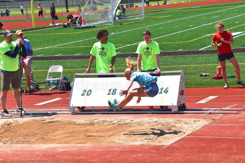 Participant de long saut au rassemblement de Fargo Regional USATF photo libre de droits
