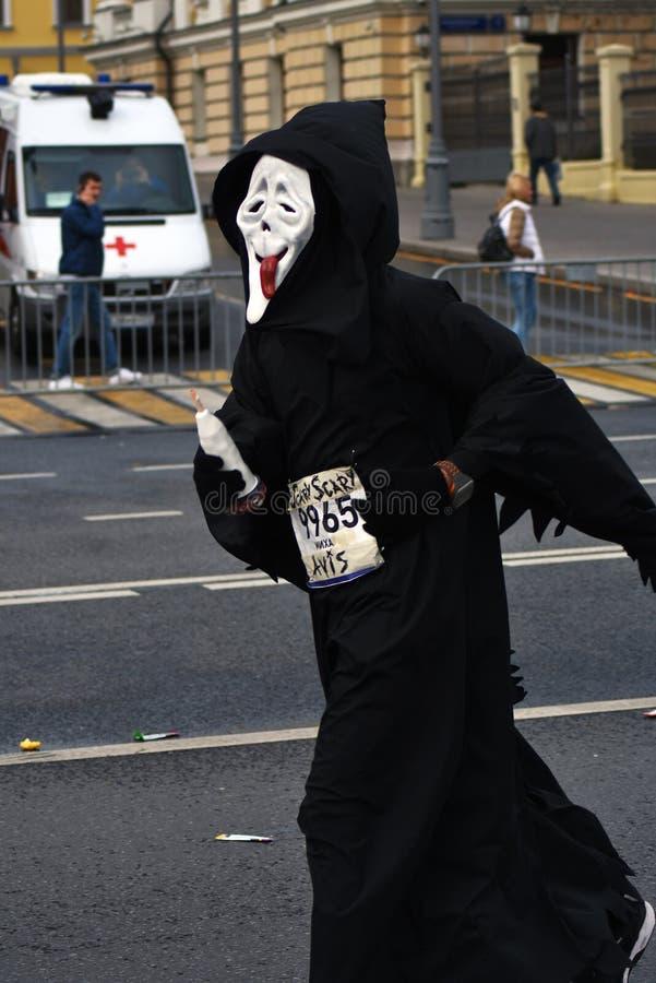 Participant de marathon de 6 Moscou photo stock