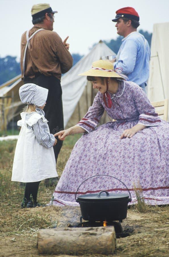 Participantes jovenes en guerra civil imagen de archivo libre de regalías