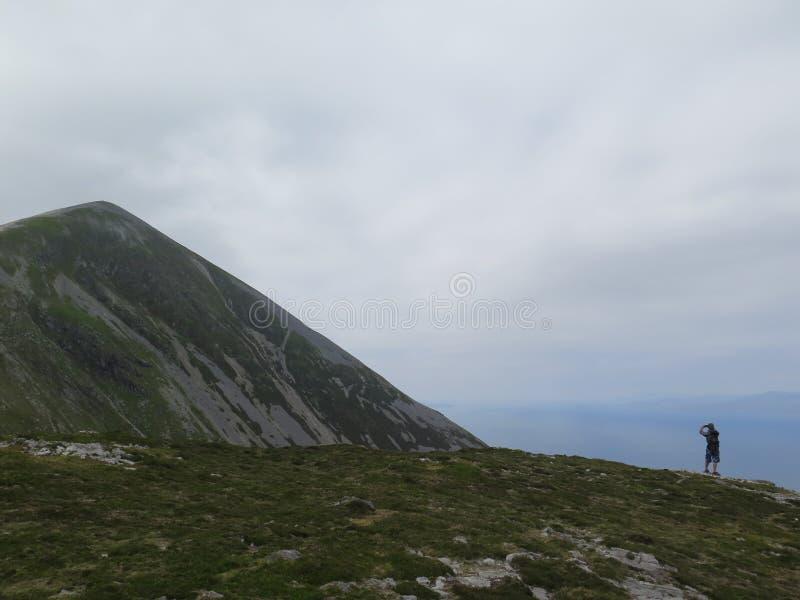 Partick de Croagh a montanha do St Patrick imagens de stock royalty free