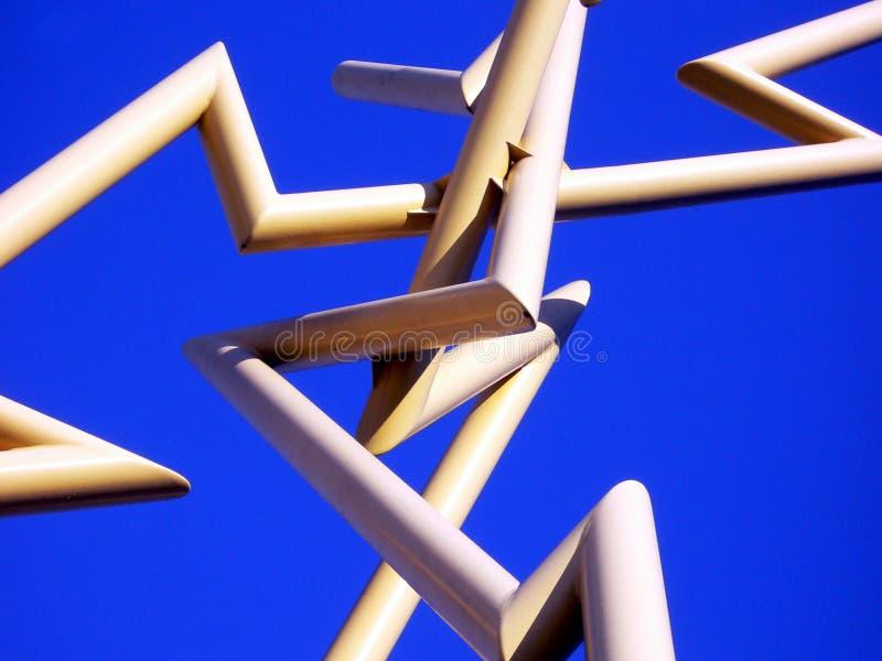Particolare del primo piano della scultura del lampo del metallo giallo a Tampa, Florida immagine stock libera da diritti