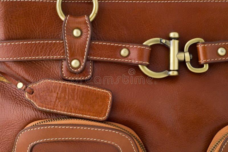Particolare del sacchetto di cuoio marrone immagini stock libere da diritti