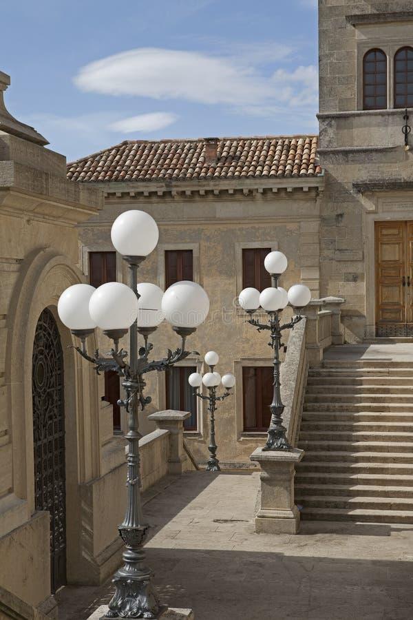 Particolare del vicolo nel San Marino immagini stock