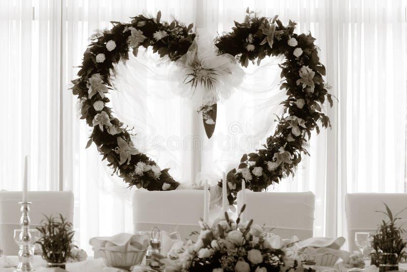 Particolare di cerimonia nuziale - cuore fotografie stock