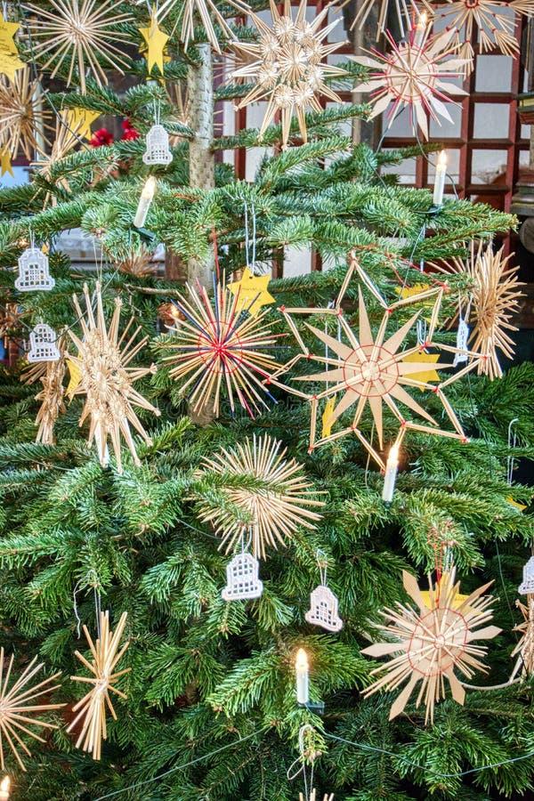Particolare di un albero di Natale fotografie stock libere da diritti
