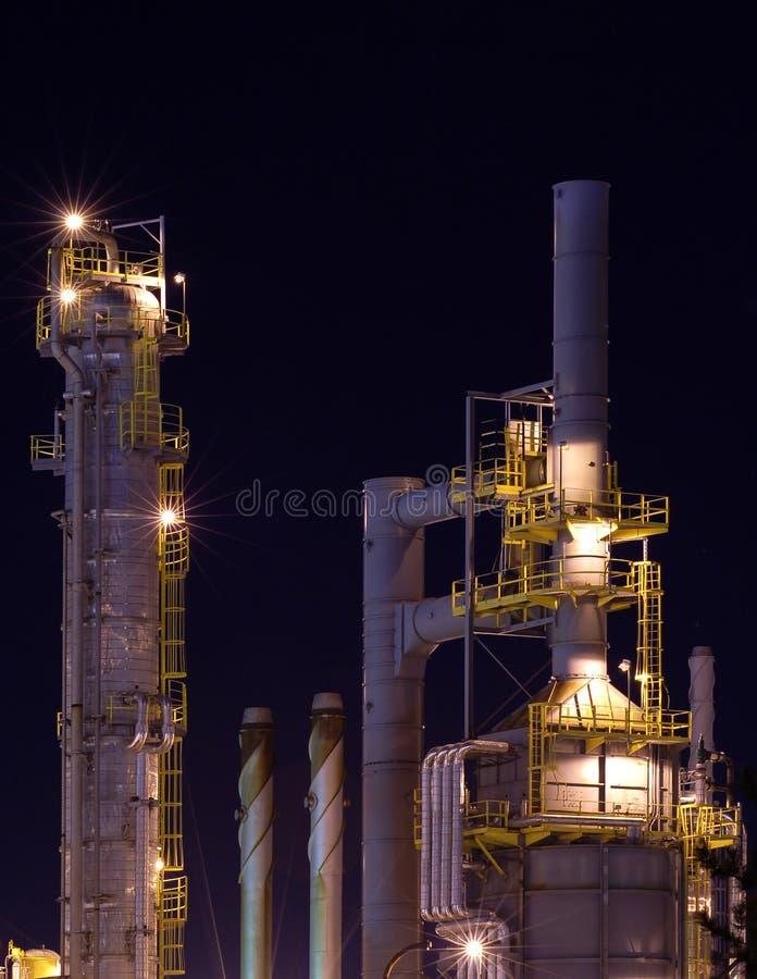 Particolare di una raffineria alla notte 5 immagini stock libere da diritti